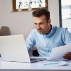 Qual a relação entre inadimplência e saúde financeira empresarial?